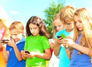 Navigating Technology in a Screen Obsessed World