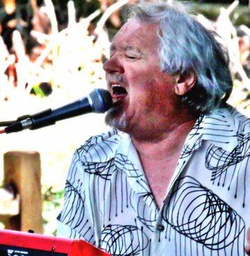Ed Neumann (Lead Vocals, Keyboards.)