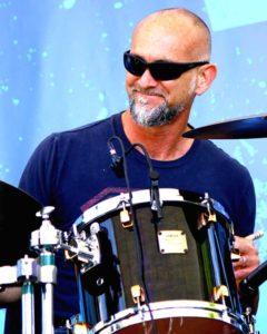 Jimi Bott (Drums.)