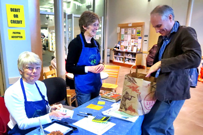 friends of tualatin library volunteers