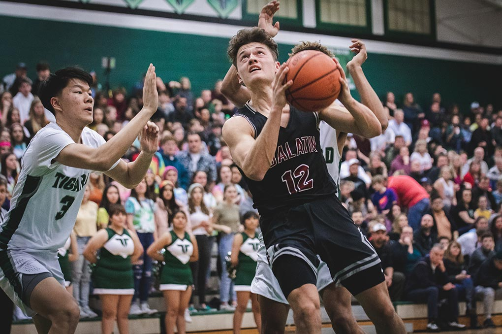 Tualatin Wins in both Double-Header Rivalry Matches Against Tigard - Tualatin Life
